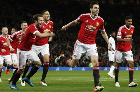 Matteo Darmian shines as Manchester United beat Crystal Palace 2-0