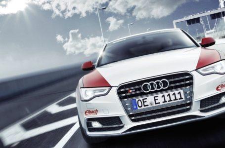Automobile World